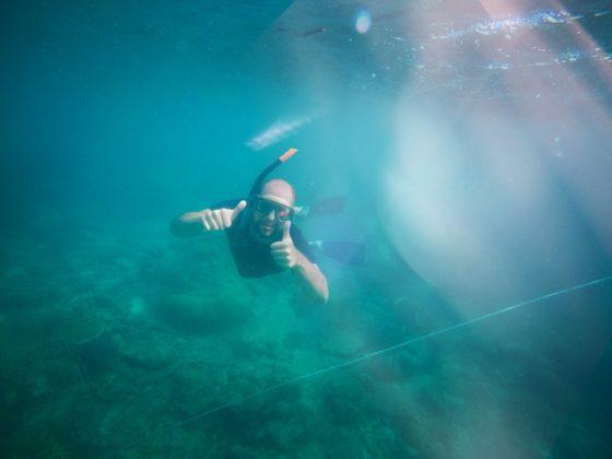 sznorkelezés a Jáva-tengeren Karimunjawa szigeteknél