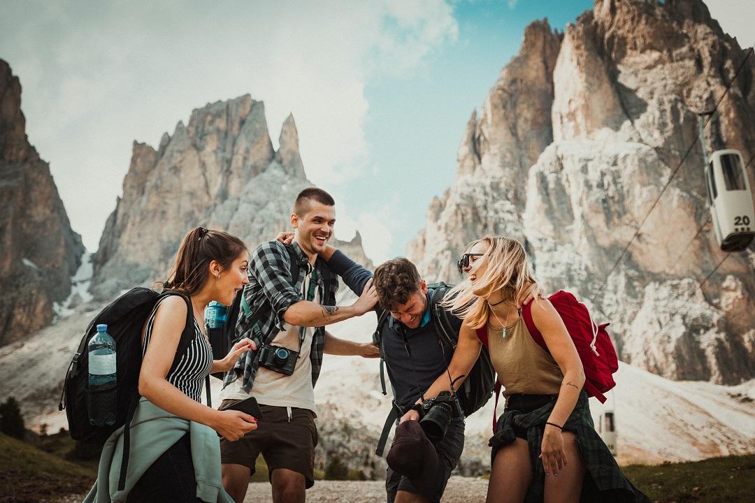 túrázás és utazás barátokkal