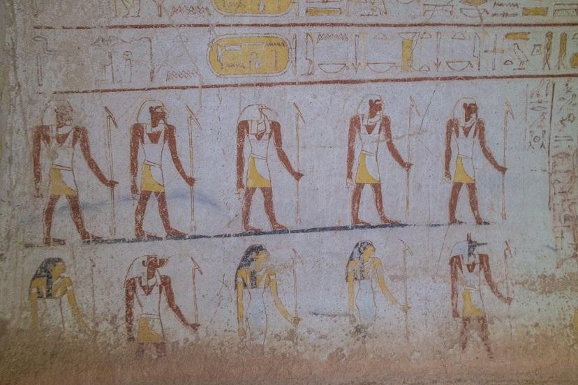 A szudáni piramisok mélyén