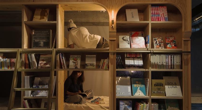Book and Bed szálloda