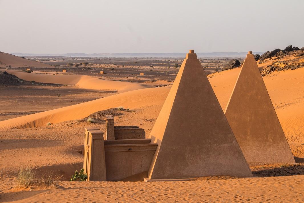 Núbiai fáraók piramisai Szudánban