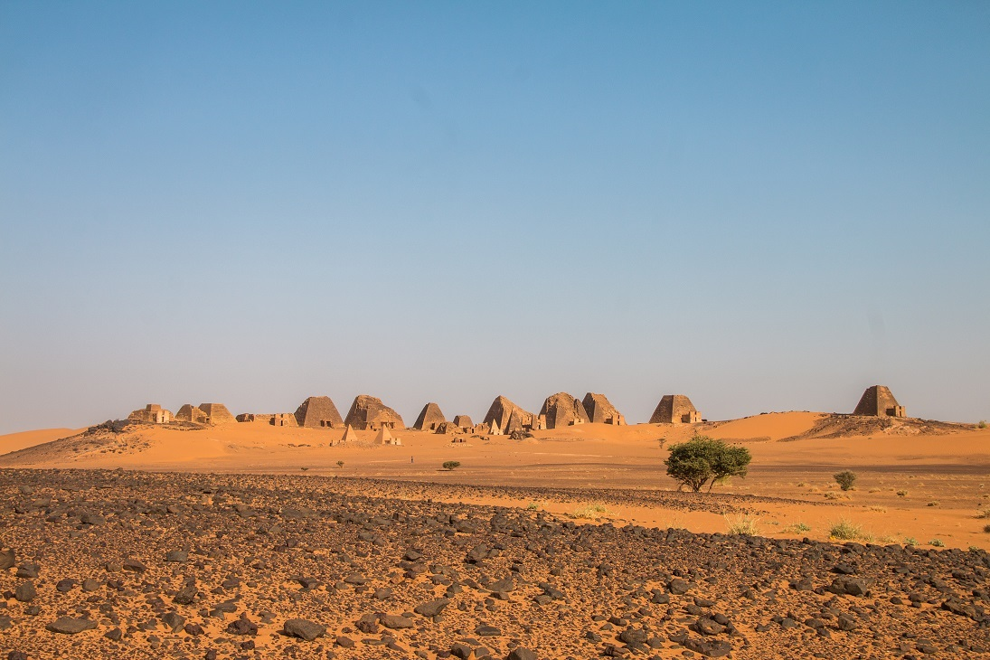 Piramisok a szudáni sivatagban