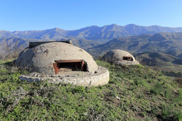 Albániai atombunker a hegyekben