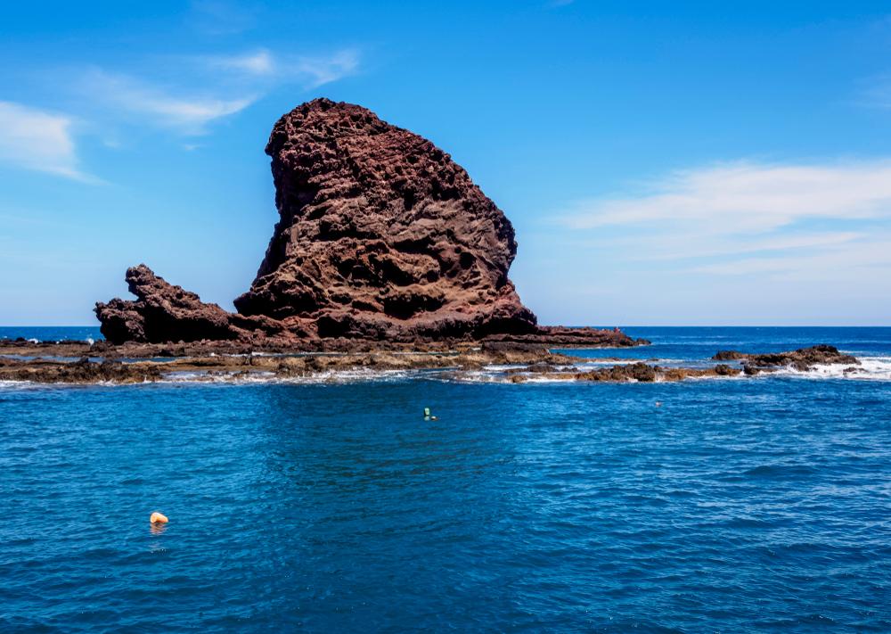 Roque Bermejo faro de anaga tenerife strand