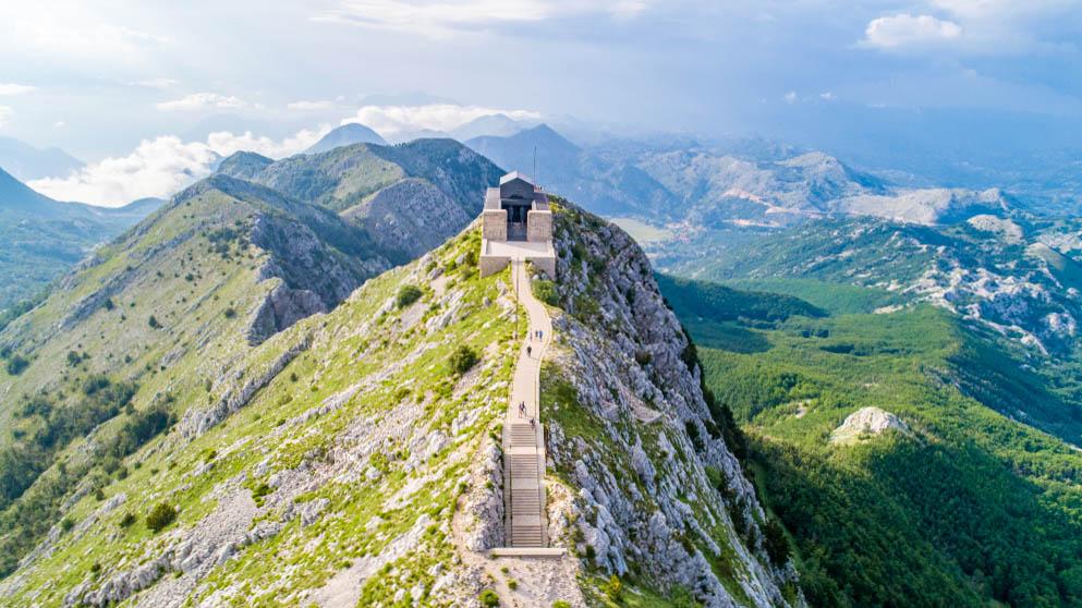 kotori-öböl lovcen hegy montenegro
