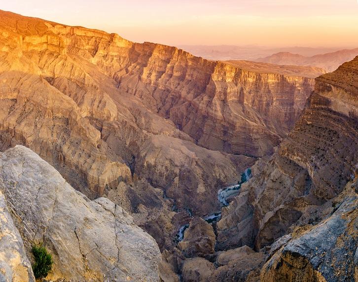 omán wadi ghul kanyon természet