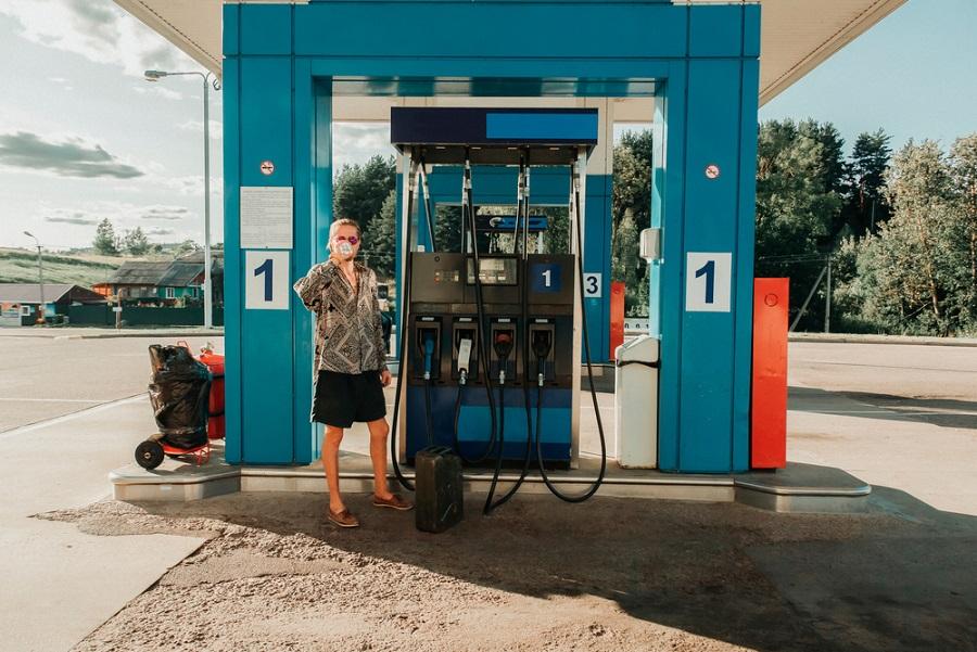 stoppolás benzinkút