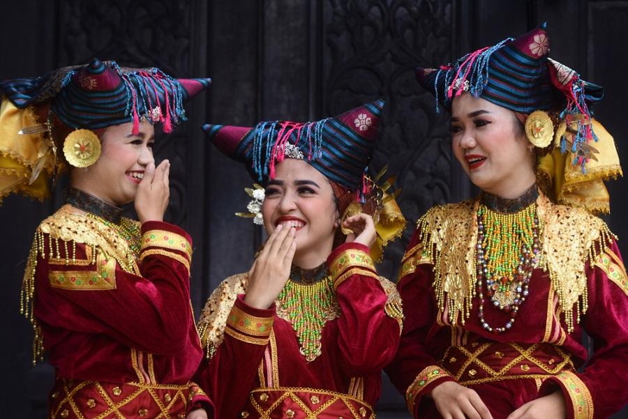 minangkabau nők társadalom vezetők indonézia
